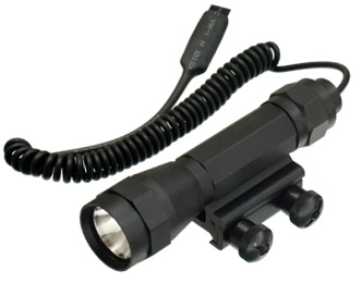 UTG Deluxe Flashlight w/Integral Picatinny Mount & Remote Switch